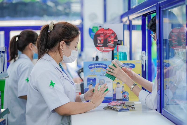Pharmacity khai truong 10 nha thuoc du lo chong chat