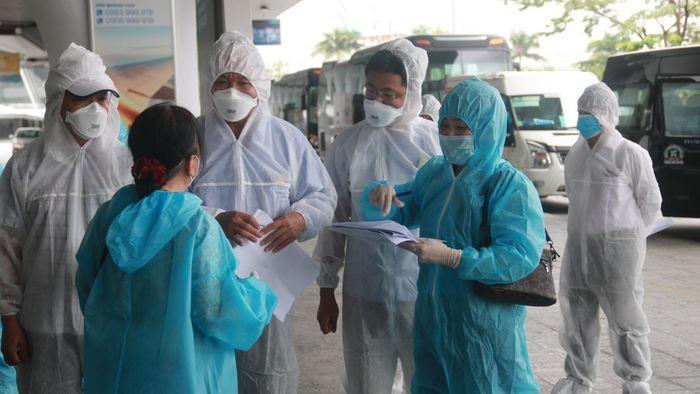 Chuyen bay mien phi dua nguoi dan Da Nang tu TP HCM ve que-Hinh-2