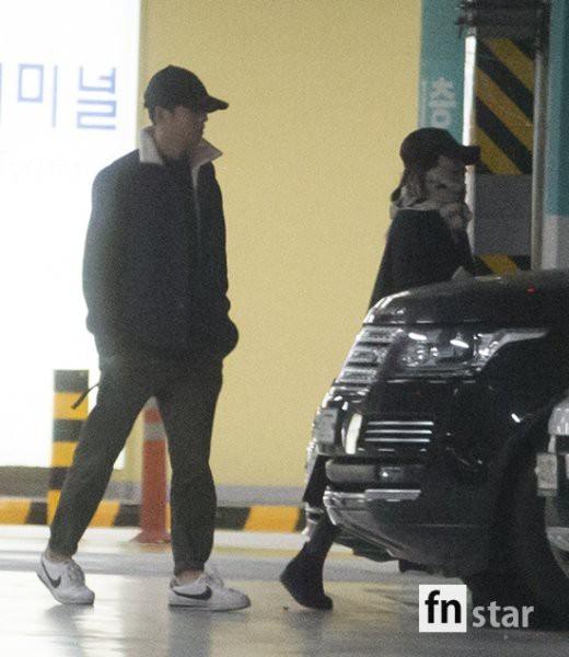 Song Joong Ki - Song Hye Kyo giu khoang cach sau ky trang mat-Hinh-5