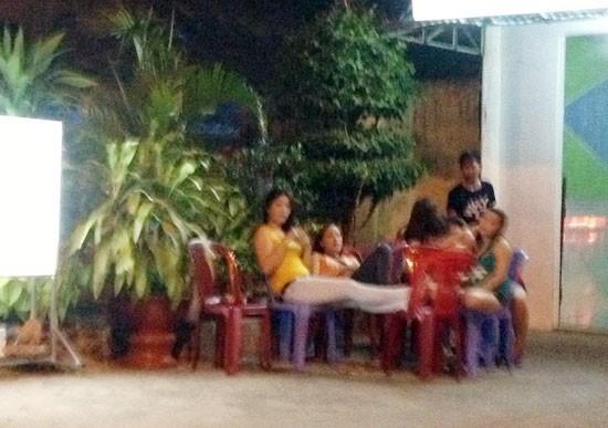 Điểm mặt những quán cafe võng trá hình ở các tỉnh, thành