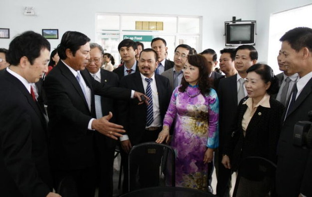Ong Nguyen Ba Thanh dang roi My ve Da Nang dieu tri