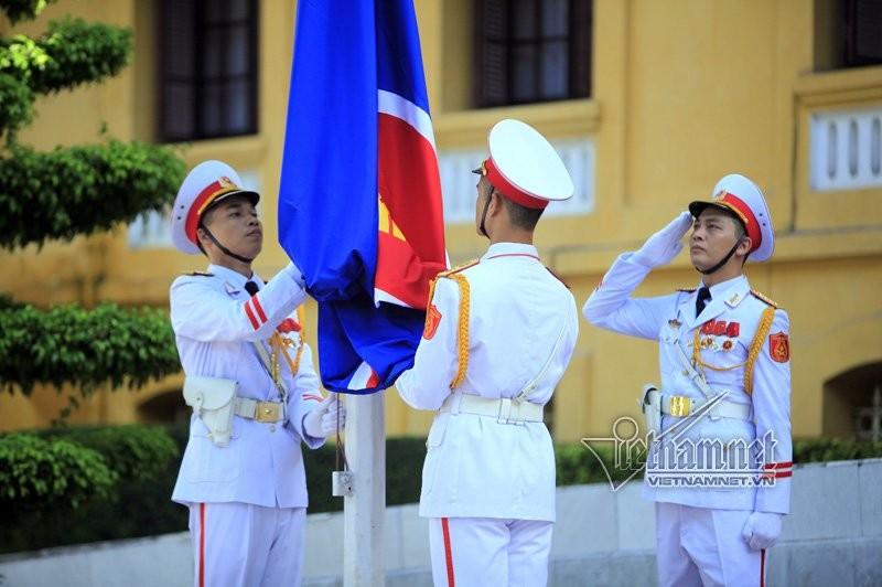 Anh: Can canh Le thuong co ASEAN nam 2017 tai Ha Noi-Hinh-3