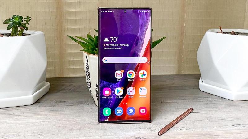 Top smartphone tot nhat the gioi: iPhone va Samsung thang the-Hinh-2