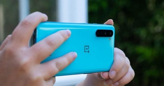 Top smartphone tot nhat the gioi: iPhone va Samsung thang the-Hinh-6