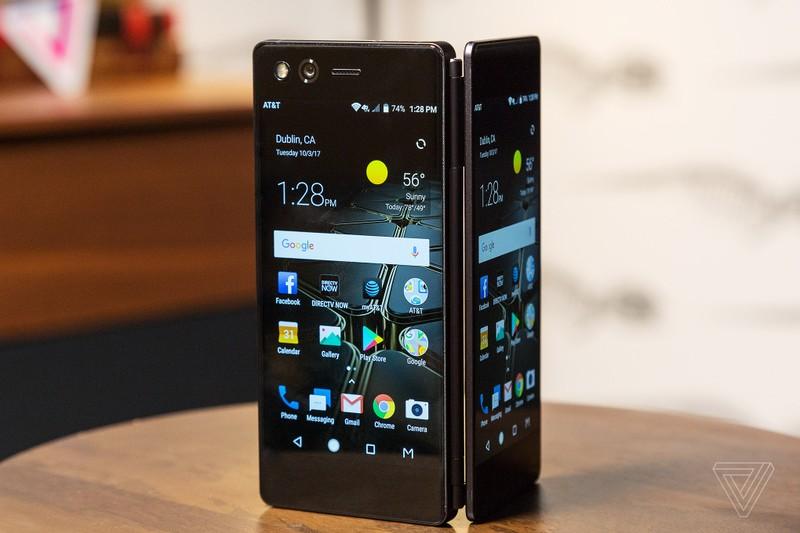 Diem danh smartphone man hinh gap tung khien the gioi dien dao-Hinh-7