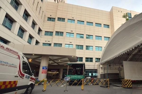 Singapore: Benh nhan ngu ngoi de tiet kiem dien tich phong cap cuu-Hinh-2