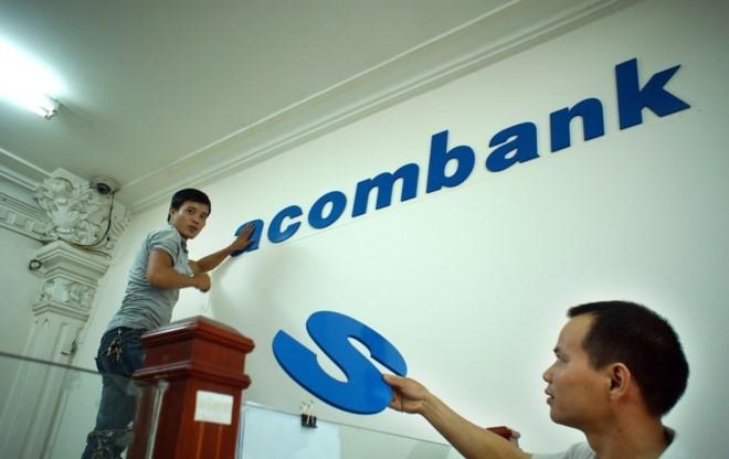 """An so"" lanh dao Sacombank van chua duoc NHNN thong qua"