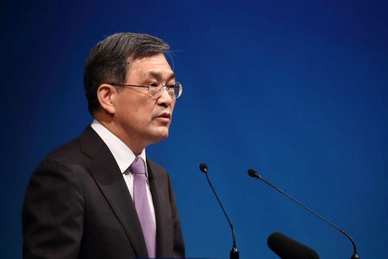 CEO bat ngo tu chuc, du lai khung Samsung van lao dao