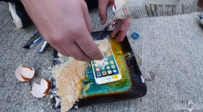Tam bot ran iPhone 8 trong chao ngap dau va day la ket qua-Hinh-2