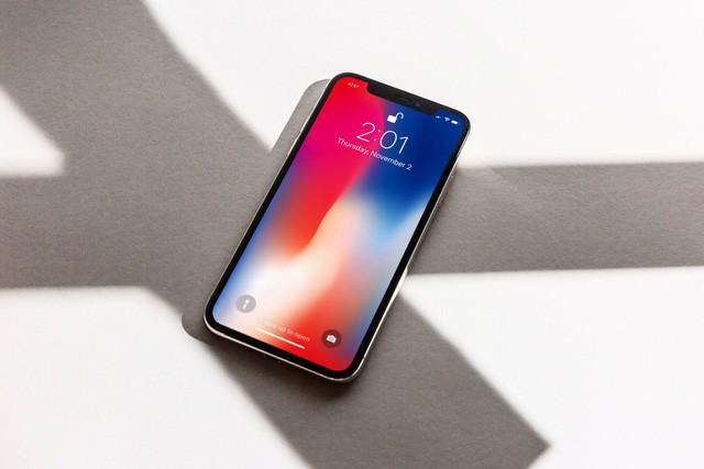 iPhone X xach tay tiep tuc giam gia, xuong duoi 28 trieu-Hinh-2