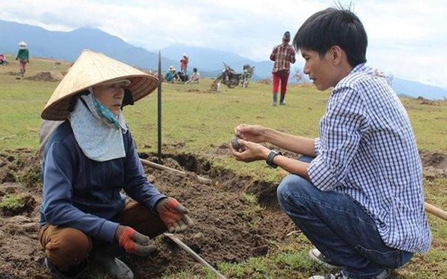 Phu Yen: Do xo dao loai da den lap lanh duoi day ho thuy dien