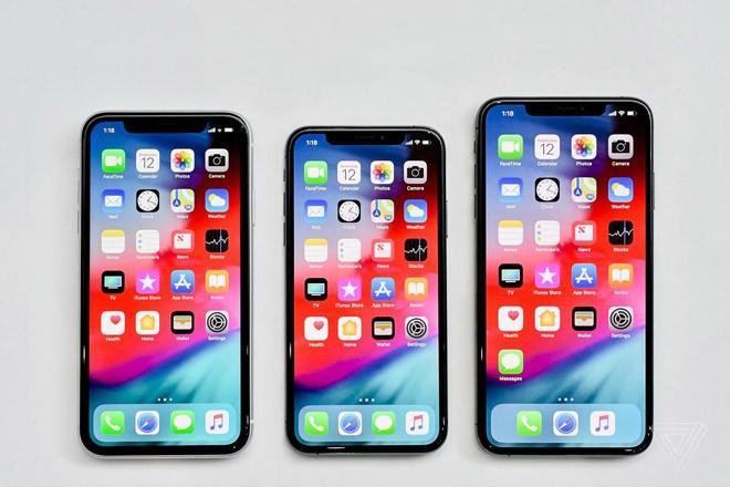 "Giua ""tam bao"" iPhone Xs, Xs Max, nguoi dung van mong cho iPhone Xr"