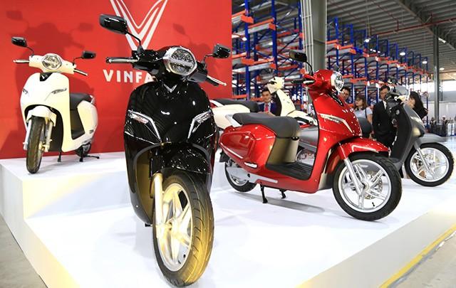 Ty phu Pham Nhat Vuong thu gan 600 ty dong tu VinFast, Vinsmart-Hinh-2
