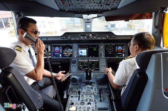 """Nghi bi Vietnam Airlines """"choi xau"""", Bamboo to len Bo Giao thong"""