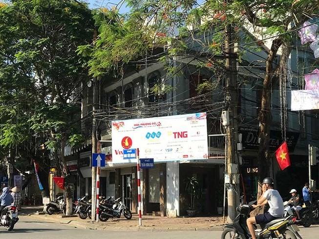 Hau due doanh nhan Bach Thai Buoi doi nha: Gap kho!