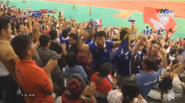U19 Viet Nam 0-6 U19 Thai Lan: Giac mo con dang do-Hinh-2