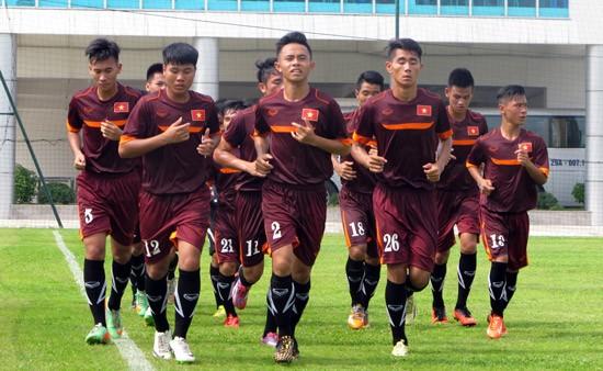 U19 Viet Nam - U19 Brunei: Phai thang de gianh lai ngoi dau-Hinh-2