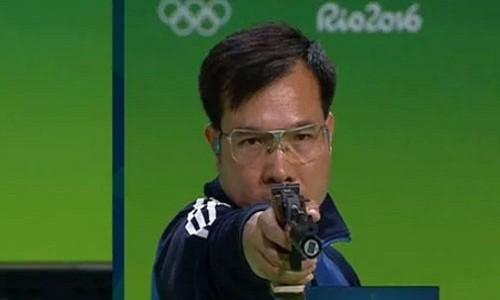 Vien dan cuoi mang Hoang Xuan Vinh vao CK 50m sung ngan