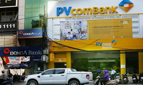 Bao Viet, PVComBank, VPbank dong loat...dinh bay ho so gia