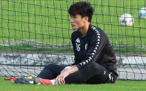 Danh sach doi tuyen Viet Nam du King's Cup 2019: Bui Tien Dung mat suat