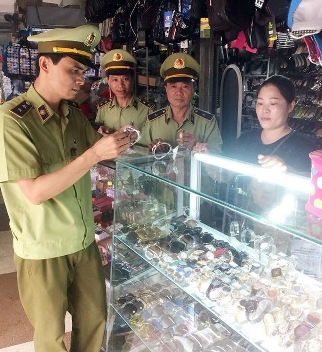 Quang Ninh: Tich thu ca nghin dong ho gia, phat 341 trieu dong
