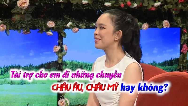 Thieu nu doi tai tro di chau Au moi dong y hen ho
