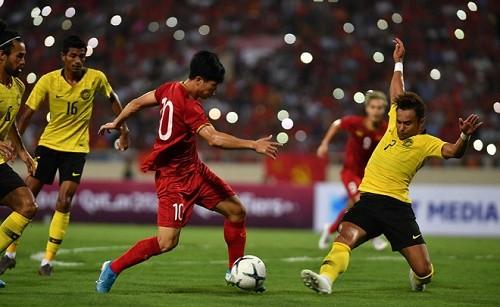 Song Hai phoi hop lap sieu pham, Viet Nam thang Malaysia tai vong loai World Cup 2022