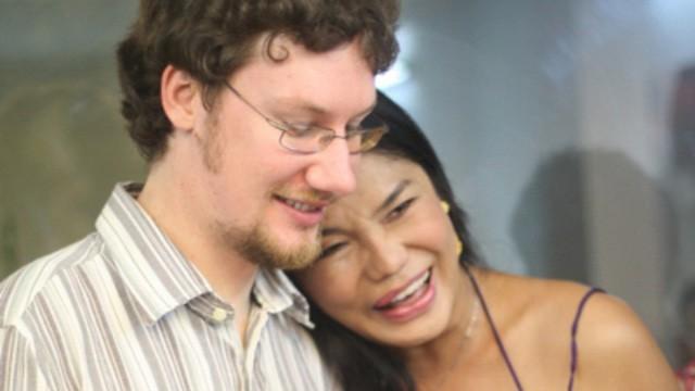 Cindy Thai Tai: Tung nghi den cai chet sau khi chong qua doi