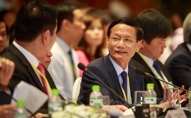 Ngan hang va doanh nghiep cua ong Vu Van Tien lam an ra sao?