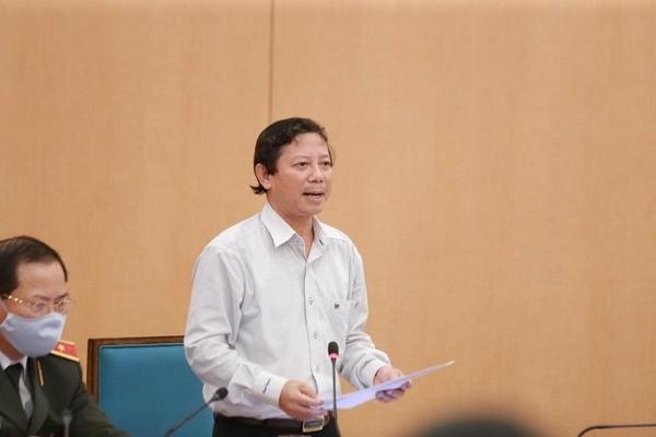 """Chu tich Ha Noi: Hon 20 nguoi duong tinh SARS-CoV-2 dang """"lang thang"""" o TP"""