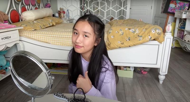 Nu Youtuber tre nhat Viet Nam so huu loat Vlog trieu views-Hinh-4