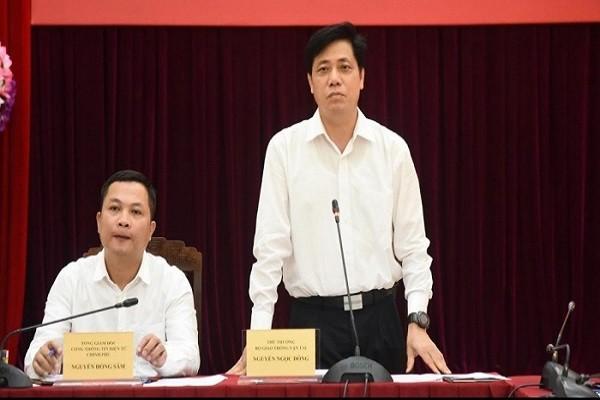 "Tra loi loat cau hoi ""nong"" ve trien khai cao toc Bac - Nam"