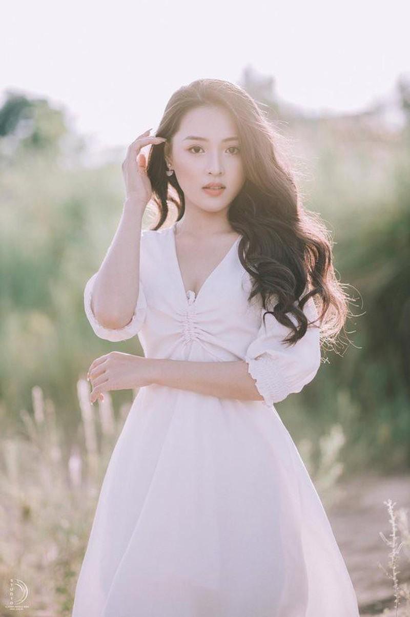 Khoe body chuan hoa hau, hot girl 10X Phu Yen lam dan tinh me tit-Hinh-12