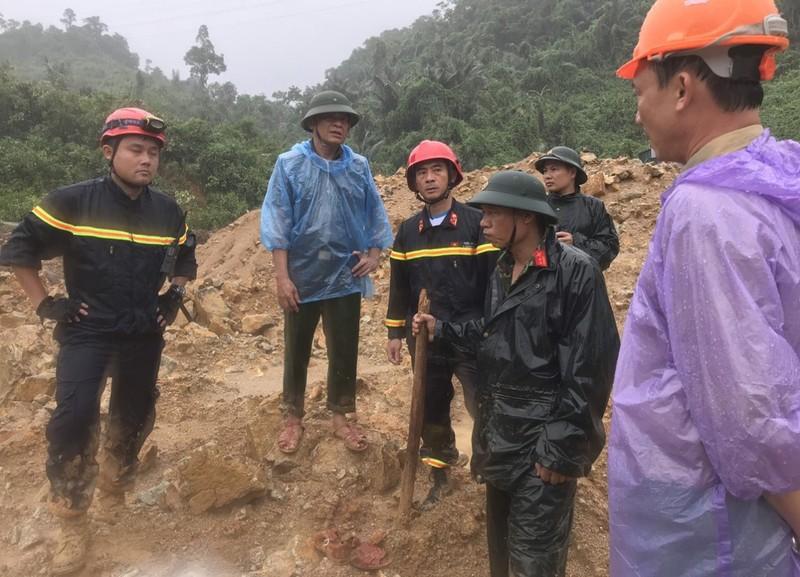 Vuot suoi, bang rung den cuu ho o thuy dien Rao Trang 3-Hinh-6