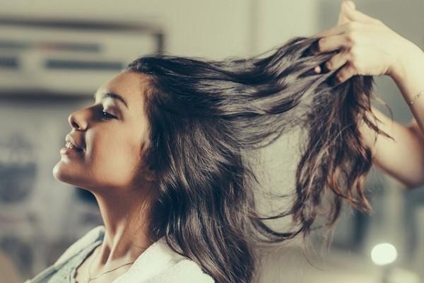 Những cách đơn giản giúp mái tóc dài nhanh siêu tốc