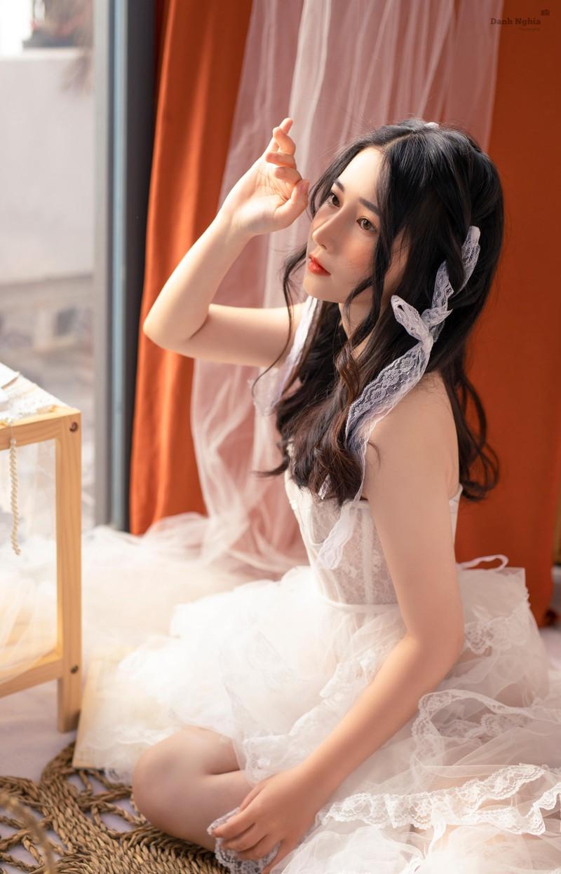 Hot girl Tay Ninh tung bo anh don tim cong dong mang-Hinh-2