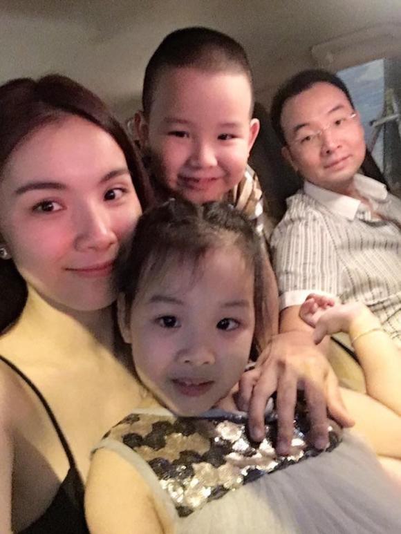 Hoa hau Thuy Lam khoe nhan sac doi thuong sau 11 nam roi xa showbiz-Hinh-6