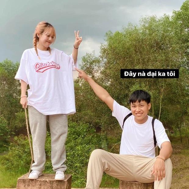 Follow Hau Hoang, Huy Cung lai day len nghi van da 'toang' voi vo