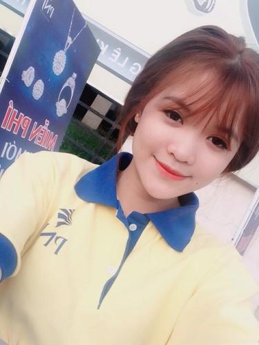 Mo lai Facebook, con dau ba Phuong Hang bat ngo co dong thai la-Hinh-11