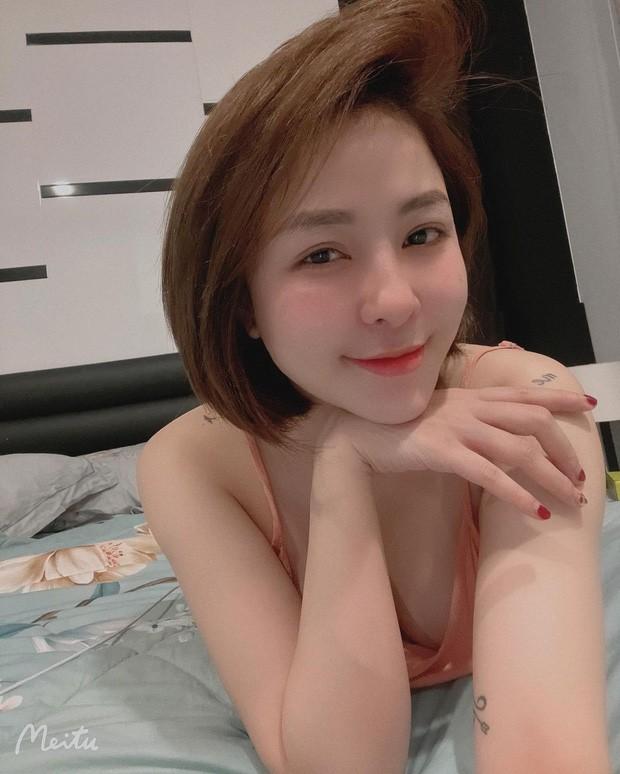 Nhay quyen ru lo body sieu hot, hot girl Tram Anh dot mat netizen