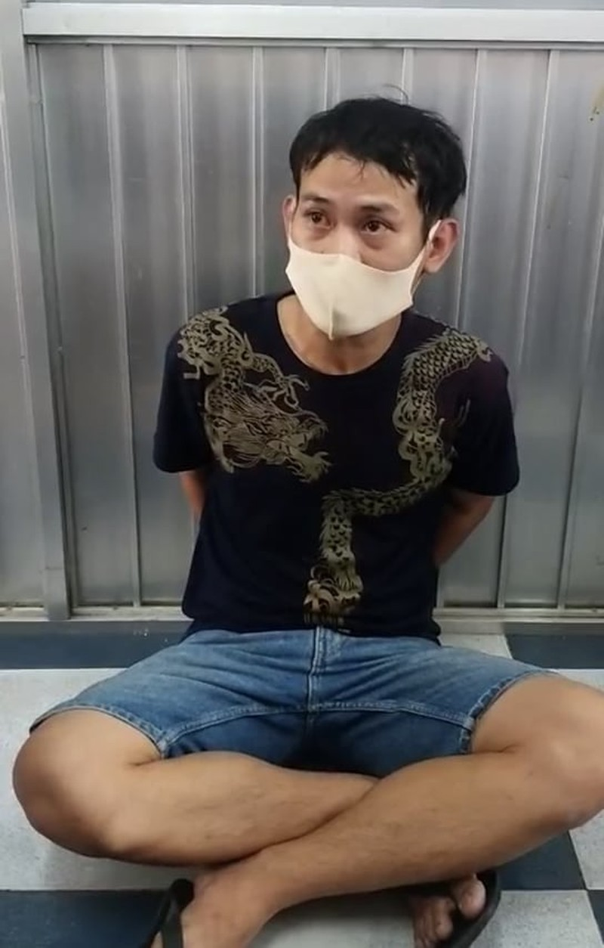 Video: Chan dung ke cuop khong che nu nhan vien o TP HCM