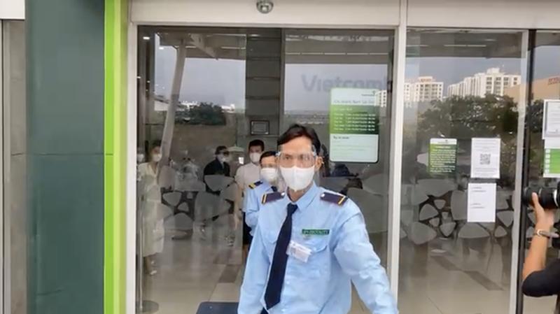 "Hau ""tam khoa bao co"", netizen vao page Vietcombank hoi lap quy den-Hinh-7"