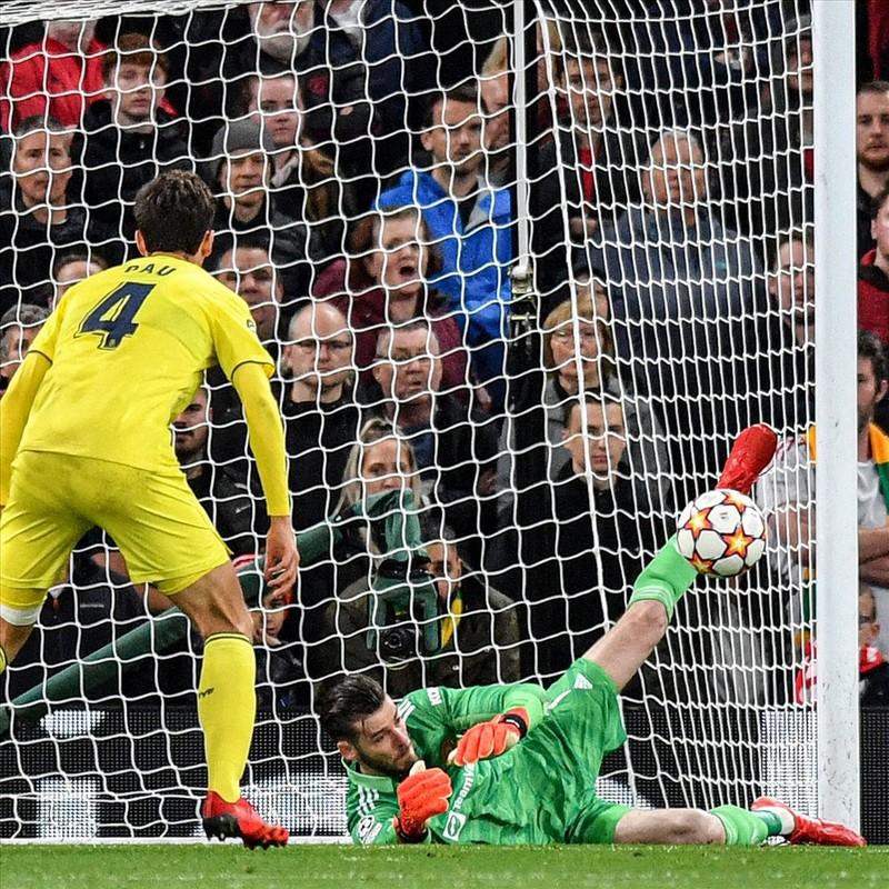 Ronaldo ghi ban phut bu gio, Man United loi nguoc dong Villarreal-Hinh-2