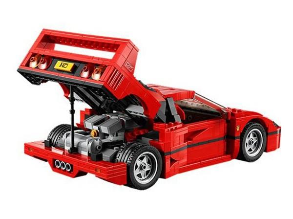So huu sieu xe Ferrari F40 gia chi hon 2 trieu dong-Hinh-3