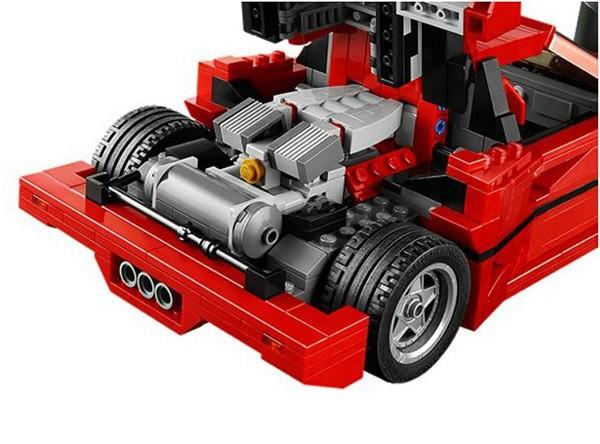 So huu sieu xe Ferrari F40 gia chi hon 2 trieu dong-Hinh-4