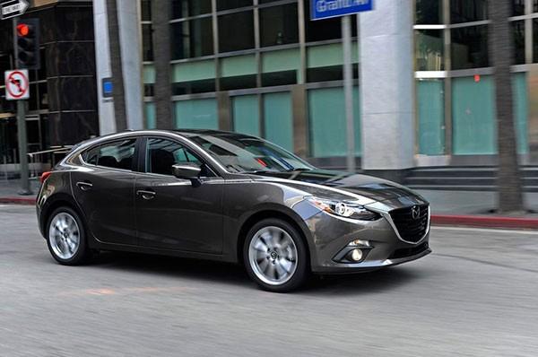 Hon 10.000 xe Mazda 3 tai Viet Nam dinh an trieu hoi-Hinh-3