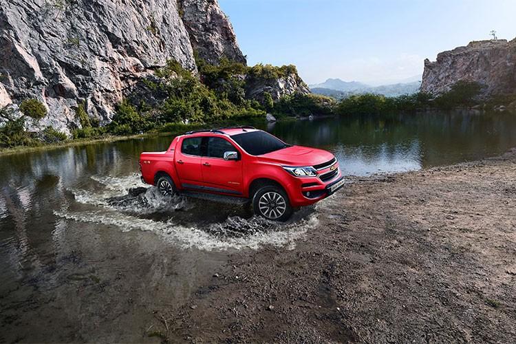 Chevrolet Colorado 2.5 mien thue gia tu 624 trieu tai VN-Hinh-2