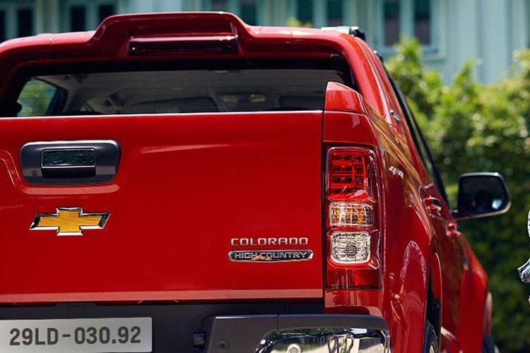 Chevrolet Colorado 2.5 mien thue gia tu 624 trieu tai VN-Hinh-4