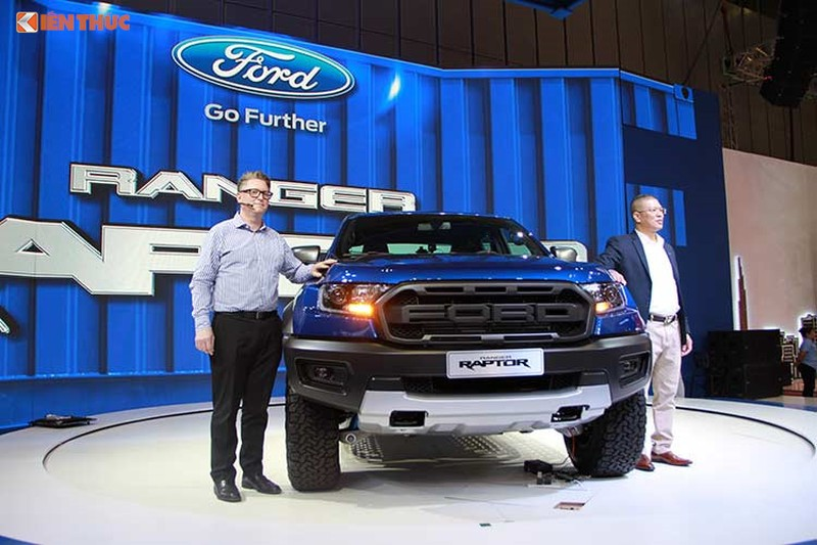 Ford Ranger Raptor tam dung ban tai Thai Lan vi loi hop so