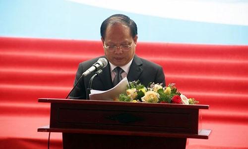 Ong Tat Thanh Cang kiem them chuc Truong ban